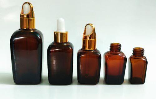 Vỏ chai tinh dầu vuông nắp xách và bóp