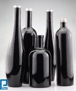 Chai thủy tinh đen đựng dầu ô liu