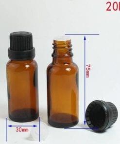 Chai thủy tinh 20ml được thiết kế dạng ren vặn có thể đậy được nhiều loại nắp