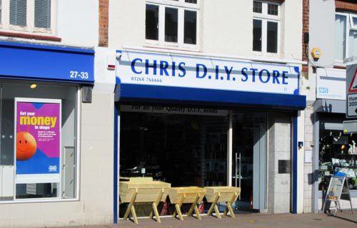 Nhiều DIY Store mọc lên phục vụ cho phong trào này phát triển